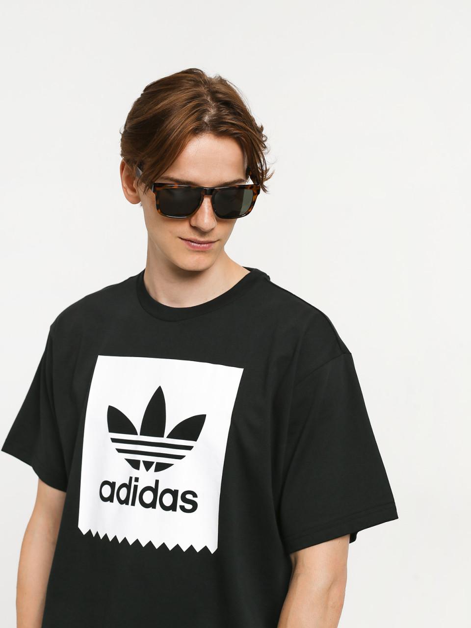 Jak dobierać odpowiednie koszulki
